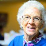 5 redenen om de oudere mond gezond te houden